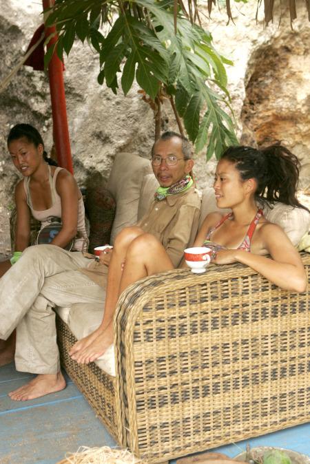 Michelle Yi in Survivor (2000)