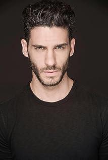 Aktori Erick Elias