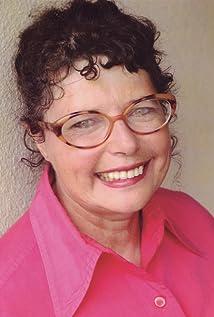 Simone Gad Picture