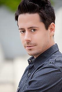 Aktori Ben Pace