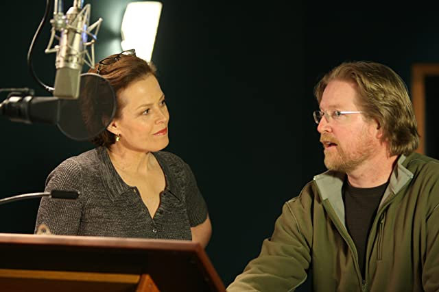 Sigourney Weaver and Andrew Stanton in WALL·E (2008)