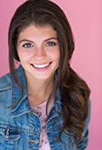 Emily Bader's primary photo