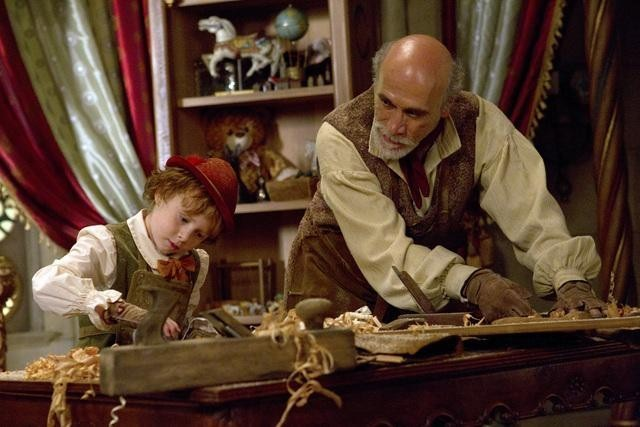 Tony Amendola and Jakob Davies in Once Upon a Time (2011)