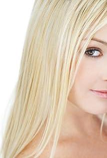Aktori Lindsey Axelsson