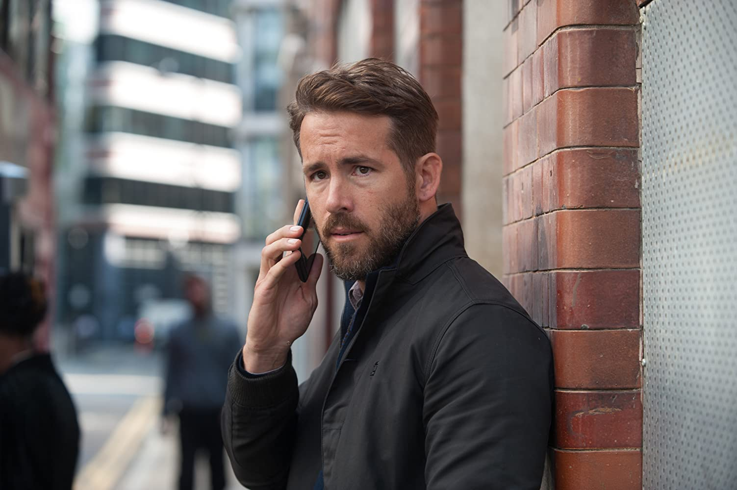 Ryan Reynolds in Criminal (2016)