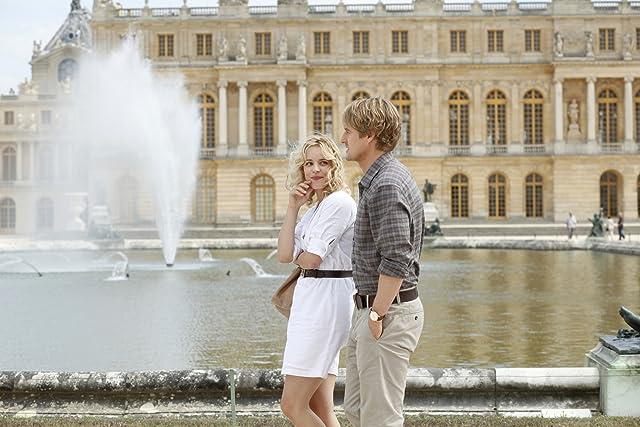 Owen Wilson and Rachel McAdams in Midnight in Paris (2011)