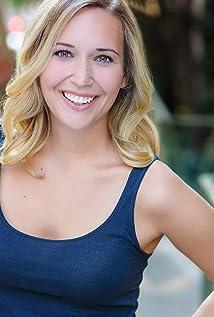 Chloe Elizabeth Lewis Picture