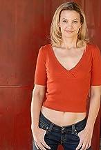 Elle Alexander's primary photo