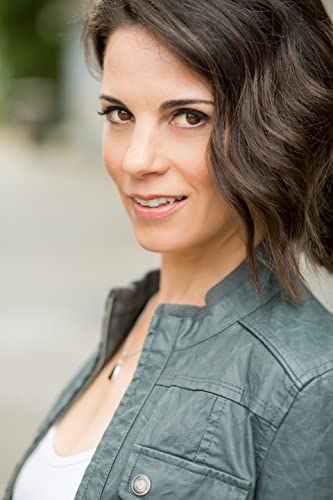 Cairns Hair And Makeup Artistry: Leah Cairns