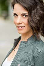 Leah Cairns's primary photo