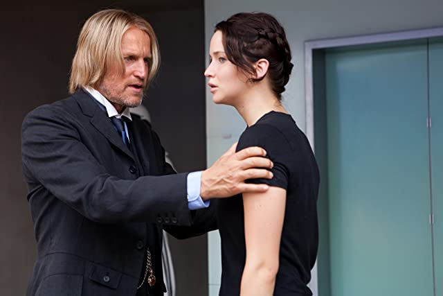 Woody Harrelson and Jennifer Lawrence in The Hunger Games (2012)