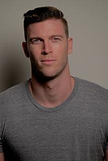 Daniel Mackey Picture