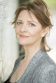 Aktori Yvonne O'Grady