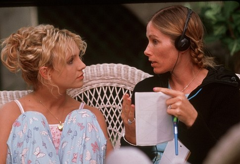 Britney Spears and Tamra Davis in Crossroads (2002)