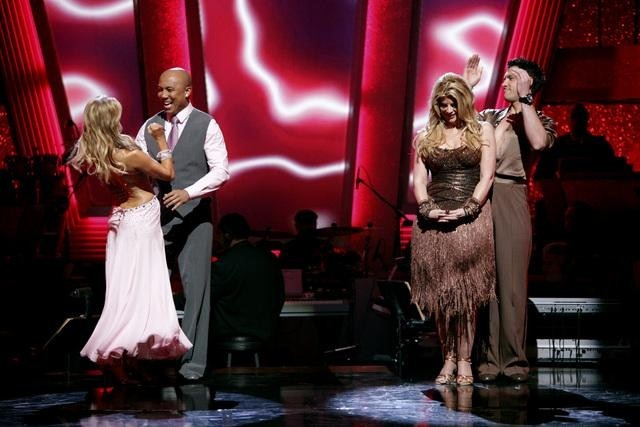 Kirstie Alley, Kym Johnson, Hines Ward, and Maksim Chmerkovskiy in Dancing with the Stars (2005)