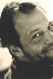 Aktori Justin Ashforth