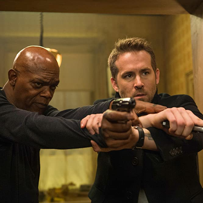 Samuel L. Jackson and Ryan Reynolds in The Hitman's Bodyguard (2017)