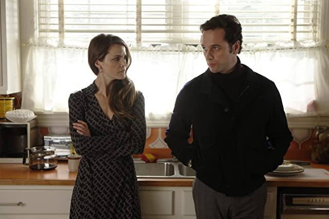 Keri Russell and Matthew Rhys in The Americans (2013)