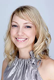 Aktori Megan Raye Manzi