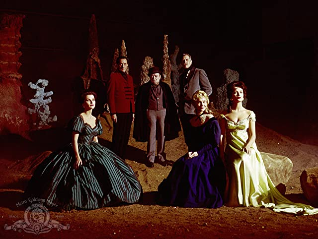 Peter Lorre, Vincent Price, Basil Rathbone, Joyce Jameson, and Debra Paget in Tales of Terror (1962)