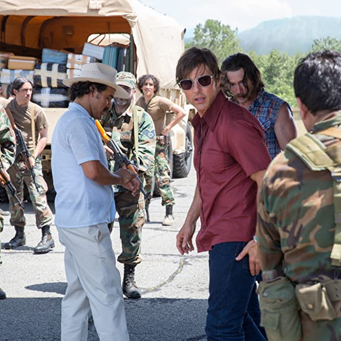 Tom Cruise, William Mark McCullough, and Alejandro Edda in American Made (2017)