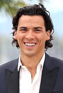 Aktori Tewfik Jallab