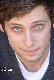 Aktori Ty Olwin