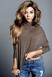 Sarah Hyland Picture