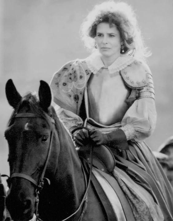 Fanny Ardant in Elizabeth (1998)