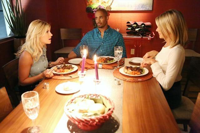 Elisha Cuthbert, Damon Wayans Jr., and Eliza Coupe in Happy Endings (2011)
