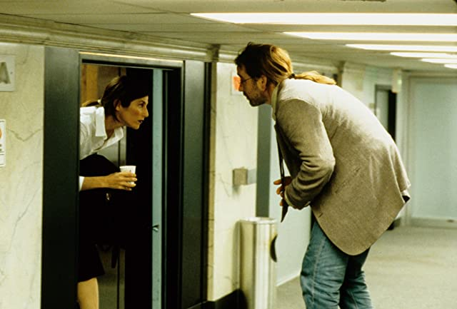 John Cusack and Catherine Keener in Being John Malkovich (1999)