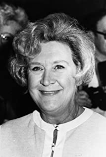 Mollie Sugden Picture