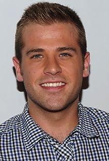Aktori Scott Evans