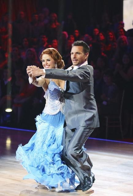 Drew Lachey and Anna Trebunskaya in Dancing with the Stars (2005)