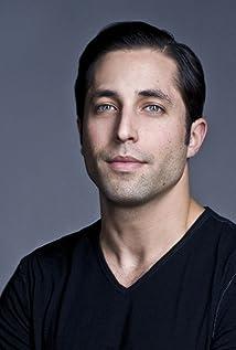 Aktori Brett Ryan