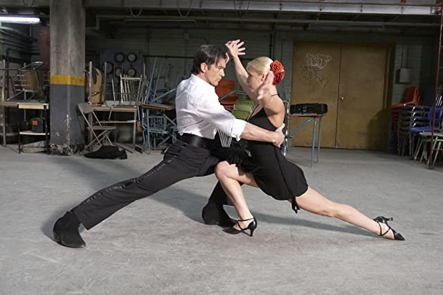 Antonio Banderas and Katya Virshilas in Take the Lead (2006)