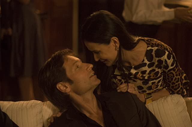 David Duchovny and Demi Moore in The Joneses (2009)