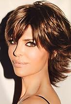 Lisa Rinna's primary photo