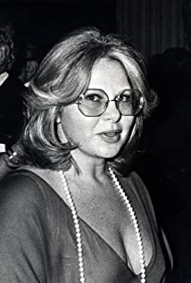 Sue Mengers Picture