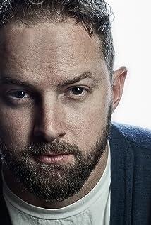 Aktori Nathan Moore