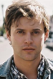 Aktori Oliver Ackland