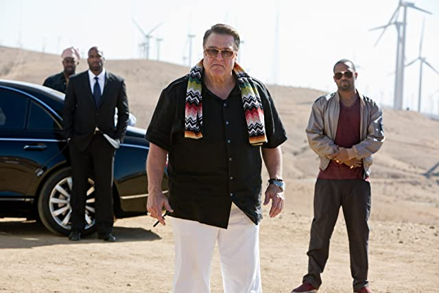 John Goodman and Mike Epps in The Hangover Part III (2013)