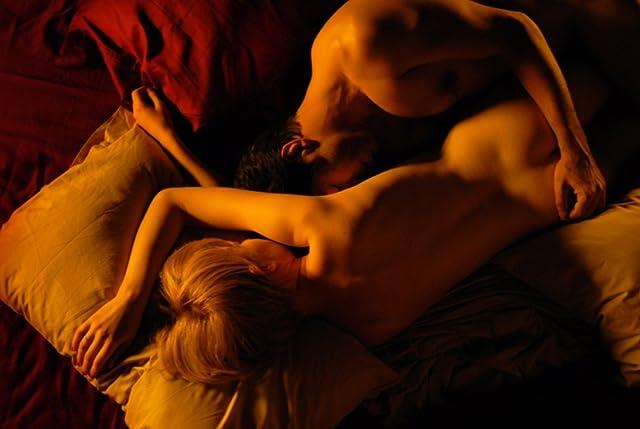 Pierfrancesco Favino and Alba Rohrwacher in Come Undone (2010)