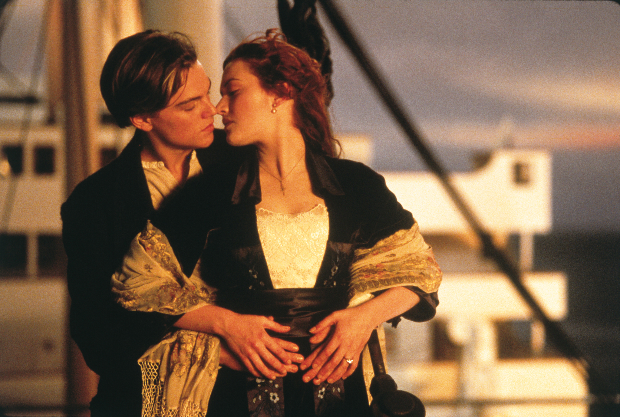 picks top box office winners for each of the past 25 years leonardo dicaprio and kate winslet in titanic 1997
