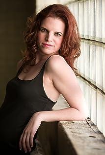 Emily Ginnona Picture
