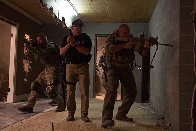 Arnold Schwarzenegger, Max Martini, and Kevin Vance in Sabotage (2014)