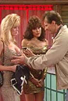 Image of Married with Children: Her Cups Runneth Over