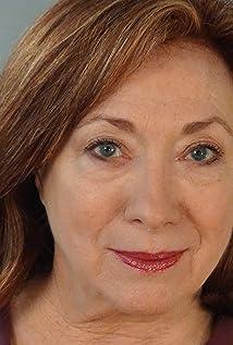 Aktori Sharon Garrison