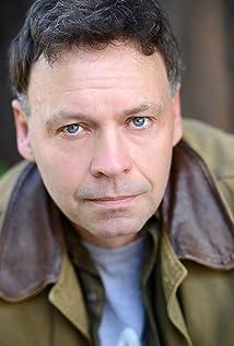 Roger Hewlett Picture