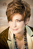 Image of Carolyn Hennesy